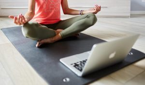 mes clases de yoga online en Dharma Yoga Salamanca